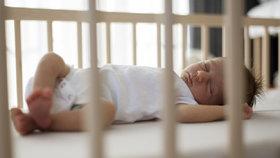 Naučte dítě spát celou noc, vyzkoušejte metodu 5-10-20. Jen pro otrlé rodiče?