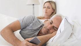 Čtenářka Marta: Manžel mě opustil kvůli své recepční, ale vymstilo se mu to!
