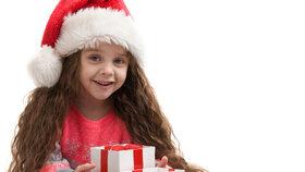 Kolik peněz utratit za vánoční dárky pro děti?  Někdo dává tisíc, někdo pět