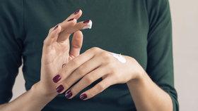 Redakční test krémů na ruce: Které jsou nejlepší a skutečně je ochrání?