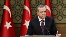"""""""Chováte se jako v dobách nacismu!"""" Erdogan sepsul německou vládu"""