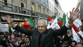 Zemřel portugalský exprezident Mário Soares. Bylo mu 92 let