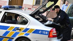 Opilý lupič (45) přepadl sázkovou kancelář: 11 tisíc si neužil, za pár minut ho policisté dopadli