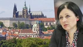 """Jourová prezidentkou? Být ženou a """"exvězenkyní"""" nestačí, říká eurokomisařka"""