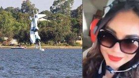 Poslední selfie před smrtí: Krásná dívka se natočila v kokpitu před pádem letadla