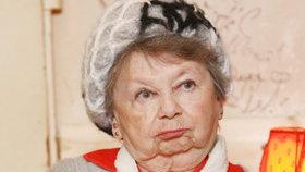 »Včelka Mája« Aťka Janoušková (87): Život v osamění! I Vánoce stráví sama