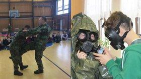 Plynová maska a masáž srdce. Vojáci učí české děti přežít válku i katastrofu