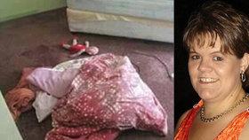 Matku (†44) s vydloubnutýma očima a 21 bodnými ranami našel její syn. Mrtvola byla nahá