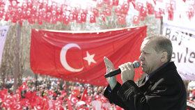 Turečtí diplomaté prosí v Německu o azyl. Bojí se Erdogana