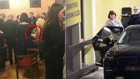 Kolaps na večírku po Lvech! Pro Bartoškovu manželku přijela záchranka!