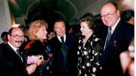Kosmonautka Těreškovová slaví 80! Víte, že je největší fanynkou Gotta?