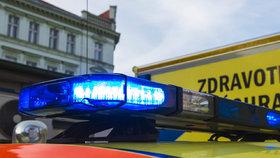 Muže v Ostravě srazil autobus: Zůstal v bezvědomí. Police pátrá po jeho totožnosti