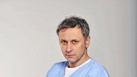 Tajemství Igora Chmely, hvězdy nového seriálu Modrý kód: Kopal jsem s vězni!