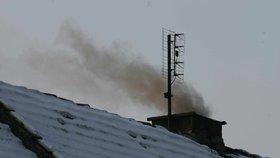 Letošní zima nás vyjde draho: Kvůli mrazu lidé víc protopili