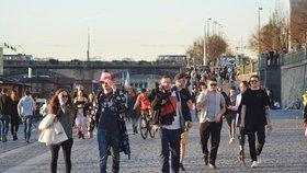 Praha má přes milion a čtvrt obyvatel. Od ledna do března přibylo 1988 lidí