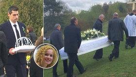 Krásnou Majku (†25) rozdrtil bagr: Zdrcený Martin pochoval svou životní lásku