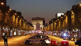 V Paříži prý zabíjel 39letý Francouz: Policie dělá razie a hledá komplice