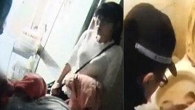 Nicnetušící matka porodila dítě do záchodu: Z mísy ho zachránil až policista