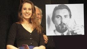 """Konzervatoř zatrhla dívce recitovat """"vulgárního"""" Bondyho! Její učitelka dostala vytýkací dopis"""