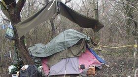 Praha 5 zmapovala, kde »žijí« bezdomovci: Nejčastěji v lesích a starých domech