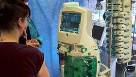 Unikátní přístroj nahrazuje ledviny: Poprvé v akci zachraňuje ženu, která spadla do Macochy