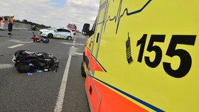 Nebezpečná kyselina zablokovala dálnici D1: Při nehodě zemřel motocyklista