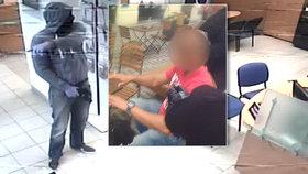 Nenapravitelný lupič: Dvakrát vykradl tu samou banku. Policisté ho dopadli v cukrárně