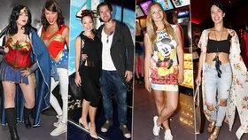 Ulítlé outfity slavných: Nepoučitelná Nosková, dráždící exmilenka Etzlera a pestrobarevná Leová