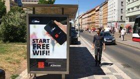 Praha má první wi-fi zastávky. Do konce roku jich bude tři sta