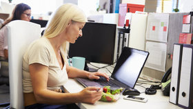 Dobrá zpráva pro prácechtivé: Firmy plánují velké nábory, stále jim chybí lidé