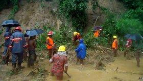Vražedné monzuny zasáhly Bangladéš: Sesuvy půdy si vyžádaly desítky mrtvých
