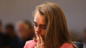 Dívka (20) zabila přítele po telefonu: Soud ji poslal do vězení!