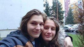 Sára (16) a Matěj (17) zmizeli. Mladík má u sebe zbraň, chtějí spolu zemřít?
