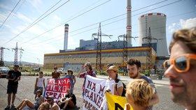 Sedli si pod rypadlo a zastavili těžbu: Aktivisté z Bíliny dostanou pokuty