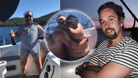 Pánská jízda Dolanského: S Vodochodským a Mahdalem se mažou zevnitř na jachtě!