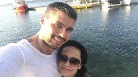 Celebrity na síti: Lucie Bílá vyrazila na dovolenou se zajíčkem