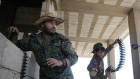 Bojovníci ISIS jsou v úzkých: Obklíčili je v Rakce. Ve městě jsou i civilisté