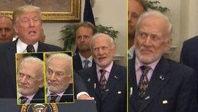 Druhý muž na Měsíci se ošíval Trumpovi za zády. Co vteřina, to grimasa