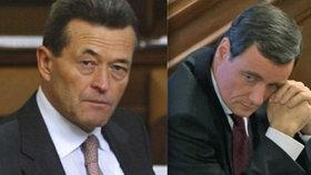 Stres ze zatčeného Ratha a 300 tisíc odchodné: Kynštetr opustil Sněmovnu