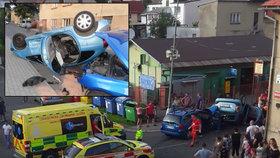 Opilá řidička na Liberecku rozstřelila osobák: Místo pomoci chtěli svědci lynčovat spolujezdkyni