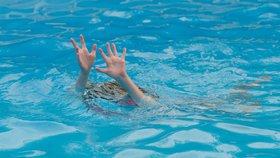Natálka se utopila na Orlíku, chlapec na Slapech. Jak se vykoupat bezpečně?