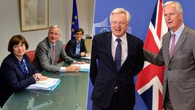 """Úředníci EU se stohy papírů, Britové jen s notýskem: Začala jednání o """"rozvodu"""""""