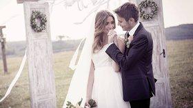 Česká Miss World se vdala! ANO řekla zubařovi na louce