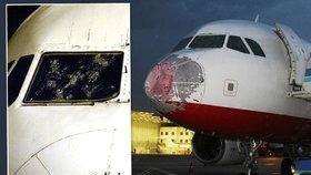 Hororový návrat z dovolené Táni a Tomáše: Letadlo rozbily kroupy, letušky plakaly, ženy se zhroutily
