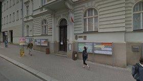 Kreativní dílna ve Vysočanech: Láká na odpočinek i umělecké dílo zdarma