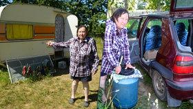 Nemocná Anna (68) živoří v karavanu: Město prý raději dává byty cizincům