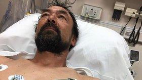 Muž s hřebíkem v srdci odřídil 20 kilometrů. Přežil díky mezeře o tloušťce papíru