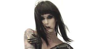 Tatérka Kat Von D: Své první tetování měla ve čtrnácti!