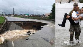 Zkáza, lidé uvízlí na střechách a tisíce volání o pomoc. Bouře Harvey zatopila Texas