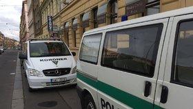 Tragédie v Holešovicích! Muž se ženou spáchali sebevraždu: Doma je prý našel syn
